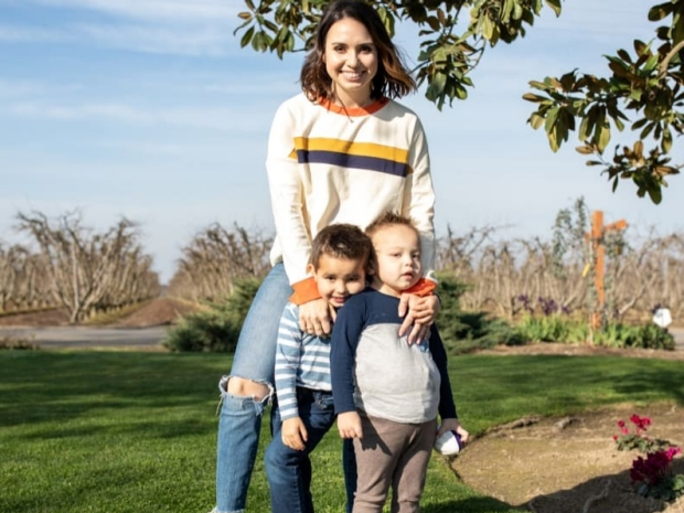 Mandy Perry with her children - Stanford Children
